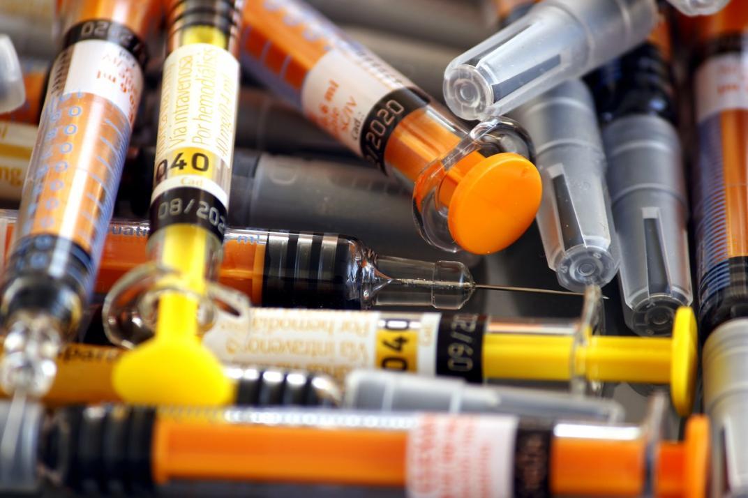 Vacunas y antivacunas. Artículo periodístico de Aleyda Rodríguez Páez. Imagen de Pixabay.
